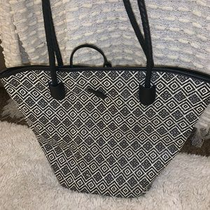 Neiman Marcus Bags - 💕Neiman Marcus Woven Tote Never Used NWOT